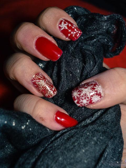 Winter nail looks 6